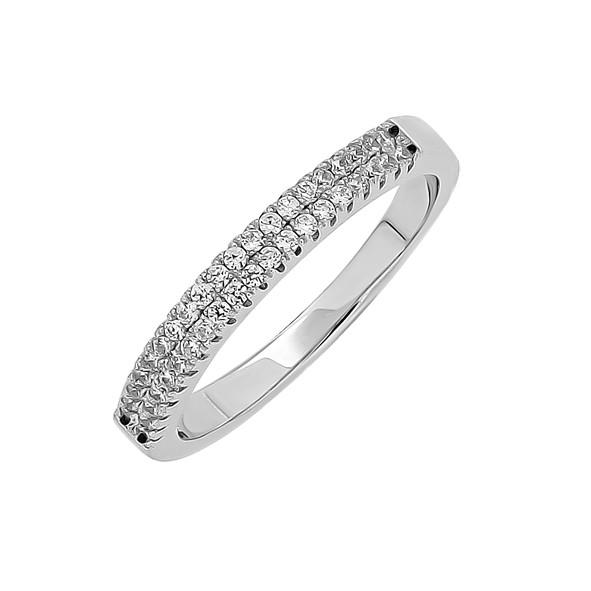 Женское серебряное кольцо с цирконием